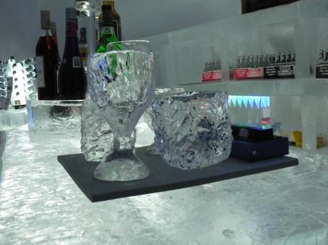 真冰造的洒杯